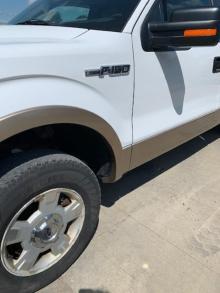White Truck Two tone3